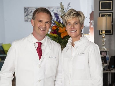 Dr. Kuhn and Dr. Grimshaw at their Aberdeen dentist office